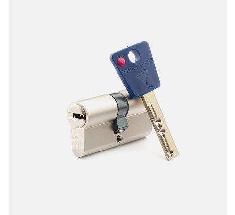 System Mul-T-Lock  Wkładka 62 Mm + Rim + Kłódka