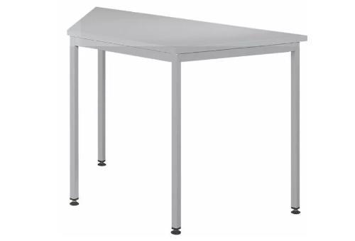 Wyposażenie sal konferencyjnych – stoły i multimedia